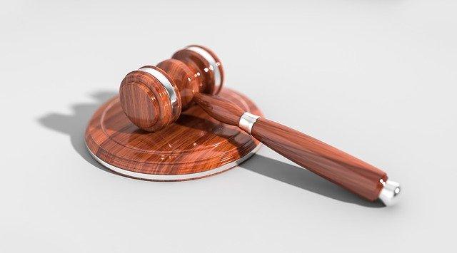 Czego powinniśmy oczekiwać od porządnego prawnika?